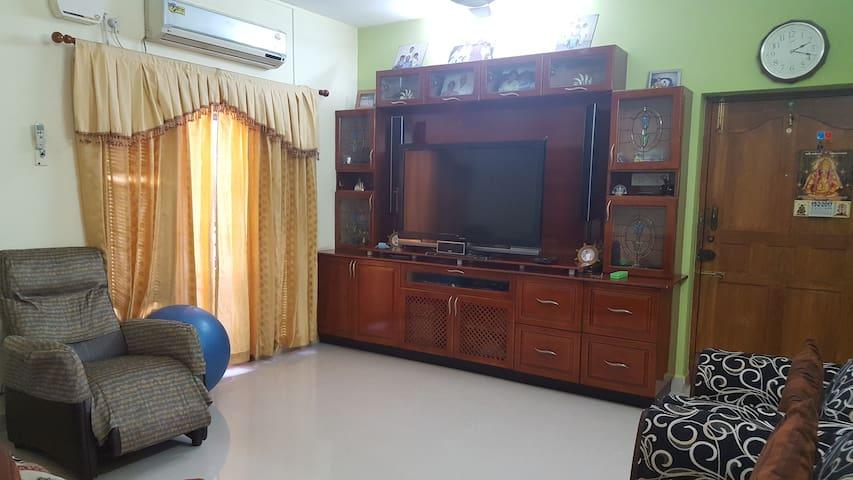 Gok Stay - Anna nagar Chennai - Chennai - Service appartement
