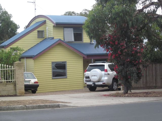 Anglesea NOBLE SANDS Holiday Home - Anglesea - Apartament