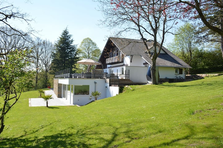Stately Chalet in Stoumont with Pool & Sauna