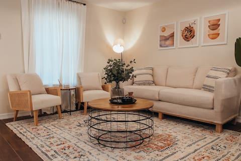 Modern Boho Style Apartment- 2BED 2BATH