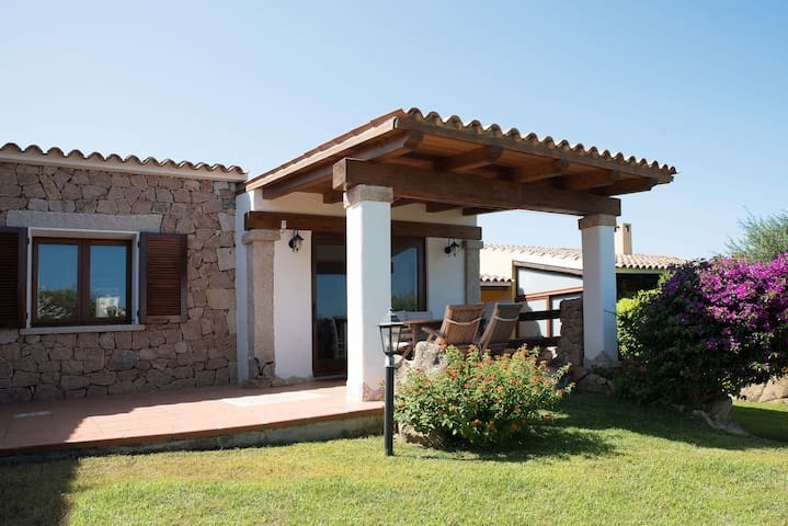 Villa in the countryside - Villetta Ponente