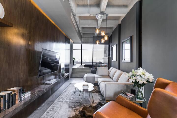 Impeccable Modern Loft in San Pedro