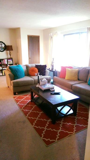 Modest Westport Apartment With A Parking Spot Apartments For Rent In Kansas City Missouri