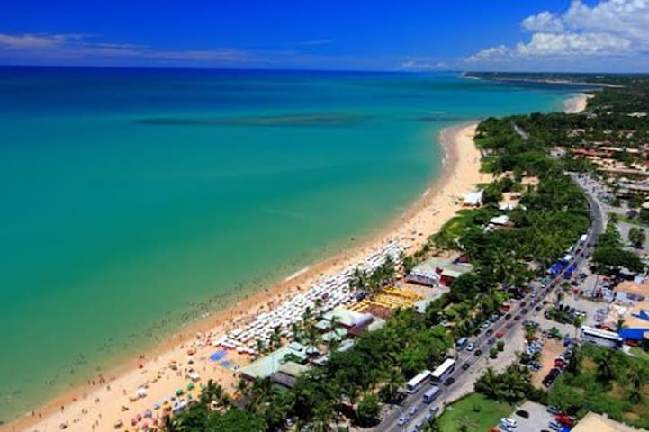 Praia, piscina e natureza! Good Vibes!