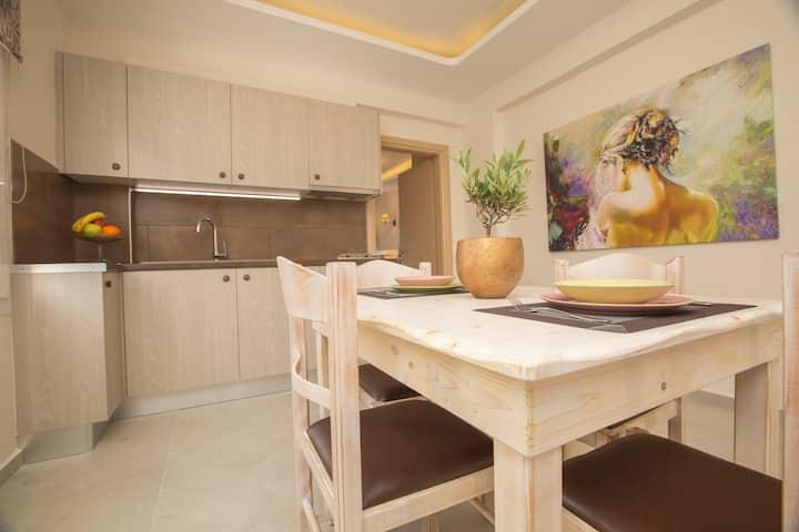 Pithos apartments ( Koutsoukas)