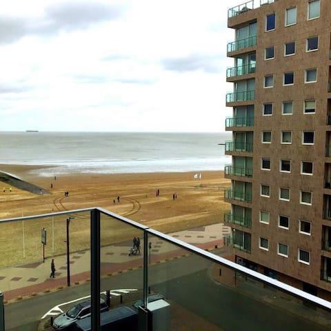 Appartement lumineux et cosy avec vue sur mer
