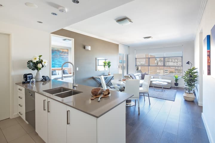 LUX Two Bedroom Apartment- In the Heart of Sydney