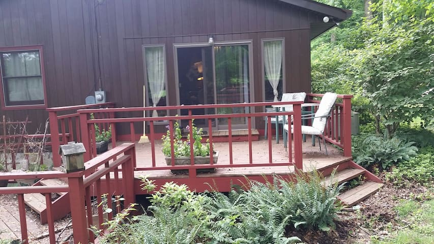 Mt Zion B&B Cozy Farmhouse