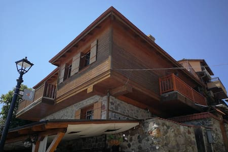 Old Sozopol 1 Bedroom Home with a Sea View