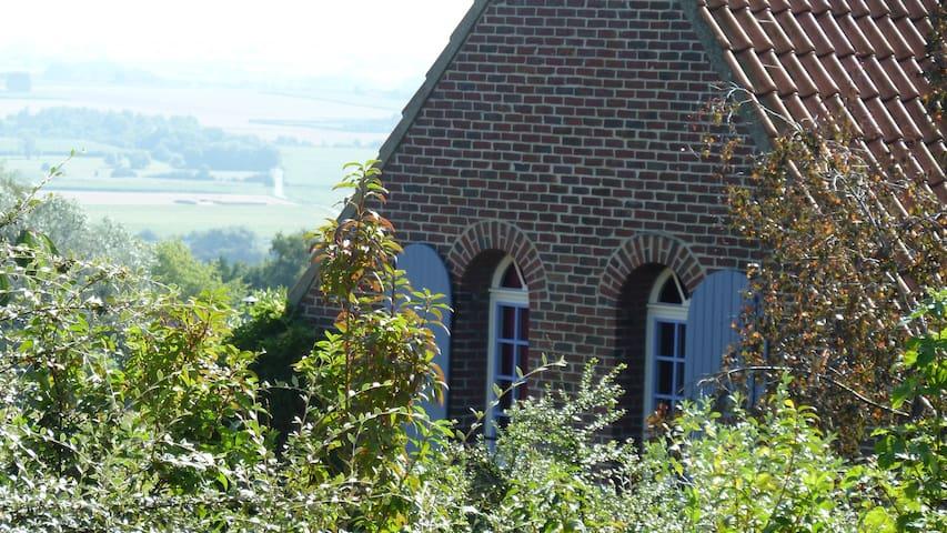 """Chambre d'hôtes """"Les Glycines"""" à Cassel - Cassel - บ้าน"""