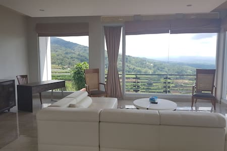 The View Bedugul Villa - convienient large villa