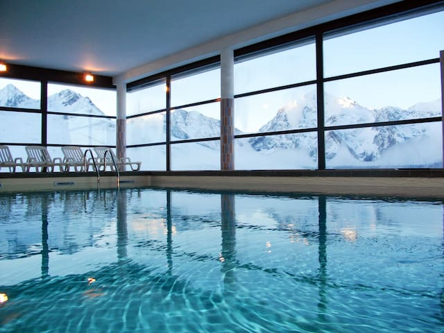 You will love the gorgeous heated indoor pool after a day on the pistes.