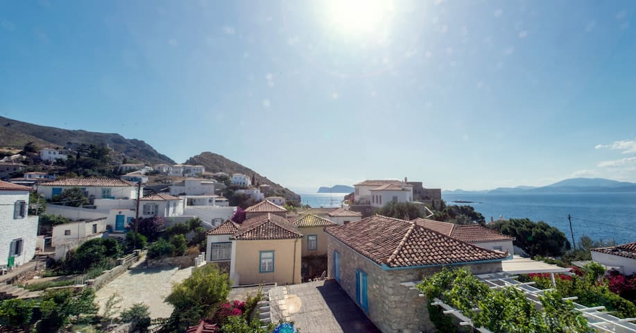 Zoe Apartments (No4),Hydra Island Greece
