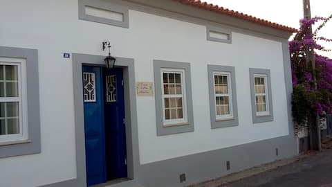Casa D'Avó Amélia - Quarto da entrada