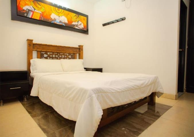 Hotel Sarachuy Espera por ti ¡