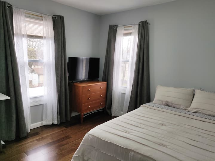 3 - Standard Room with Full Size Bed