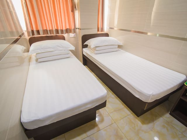 Neat and comfortable double bed room - Hong Kong - Rumah