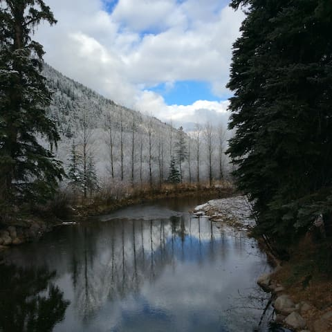 Oasis on the Roaring Fork Two