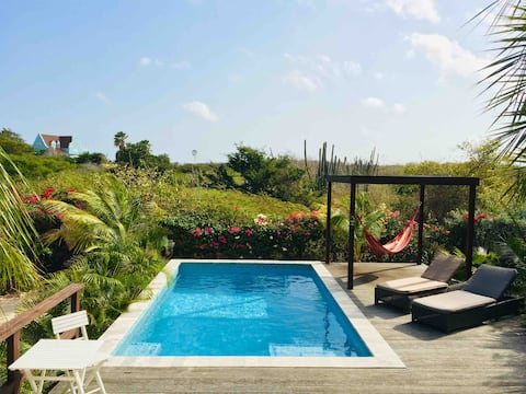 2 Person apartment with pool! Jan Thiel Curaçao