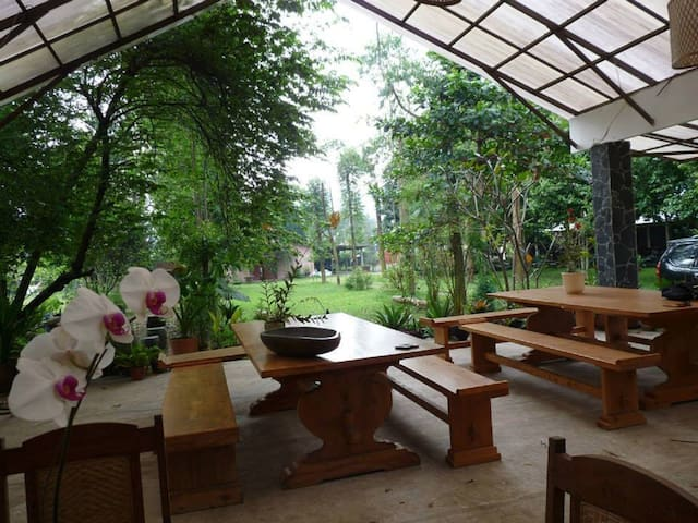 Ronia Mountain Villa Lembang - Lembang - Rumah Tamu