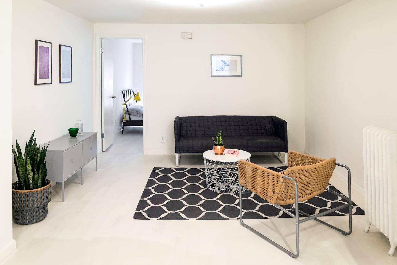 Contemporary, bright apartment in a classic Brooklyn brownstone