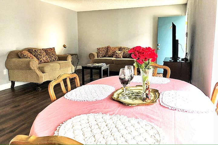 🌟2Br Sanitized Getaway:Family-Friendly + Security🌟