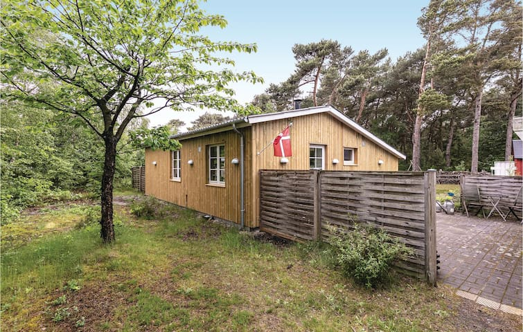 Holiday cottage with 3 bedrooms on 61m² in Nexø