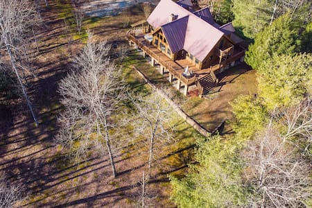 Hot Tub & WiFi - Large Family Cabin - Mill Creek Point - Red River Gorge, KY!