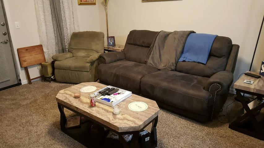 Super Bowl Weekend-ATL GA (Duluth) cozy 1 bdrm apt