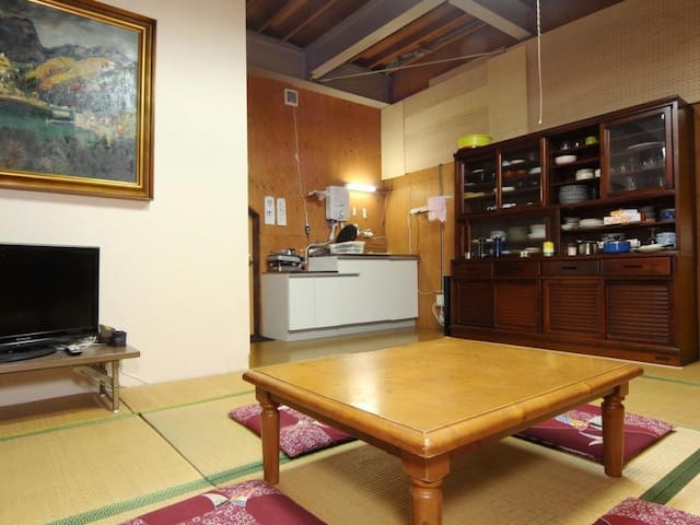 Experience a mountain lodge stay! Enjoy your leisure time at the base of Kamikochi  山小屋に泊まろう!時間を気にせず上高地の拠点に(素泊まり)