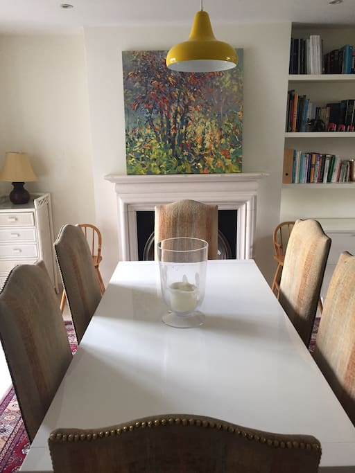 Dining table which extends to seat 10