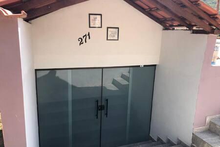 Casa inteira - São Bartolomeu, MG