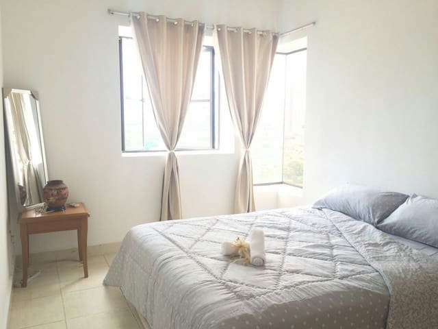 Cozy Private Room Near MRT (Free Ride on December) - Petaling Jaya - Apartmen