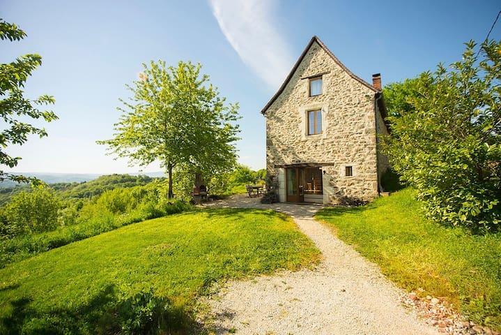 Maison de Campagne, Beaulieu sur Dordogne