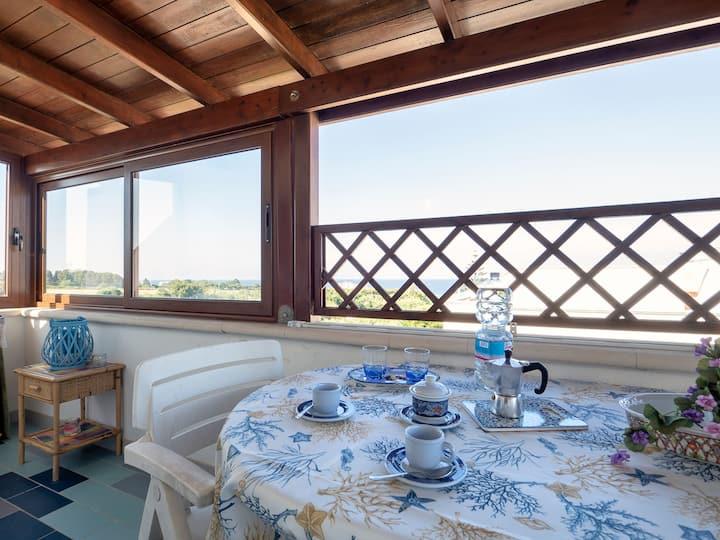 Apartment with balcony and sea view - Attico ad Otranto
