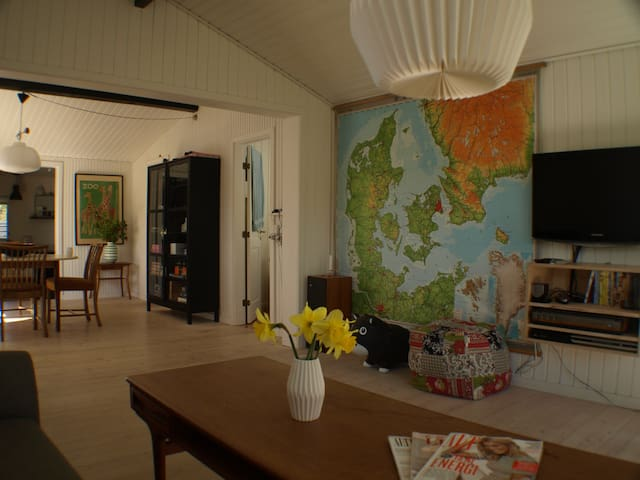 Lovely summer house in sunny Røsnæs - Kalundborg - House