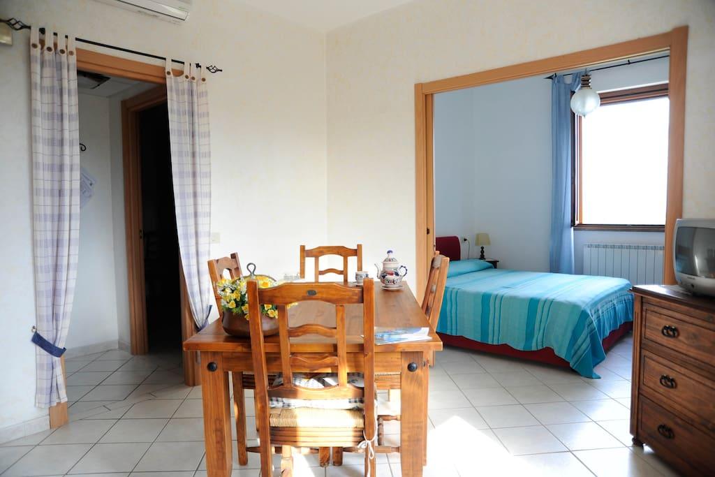 Confortevole appartamento con 2 camere da letto for Capanna con 2 camere da letto