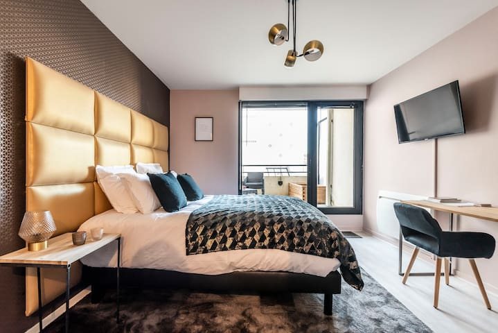 AvaDream luxury studio with terrace hyper centre