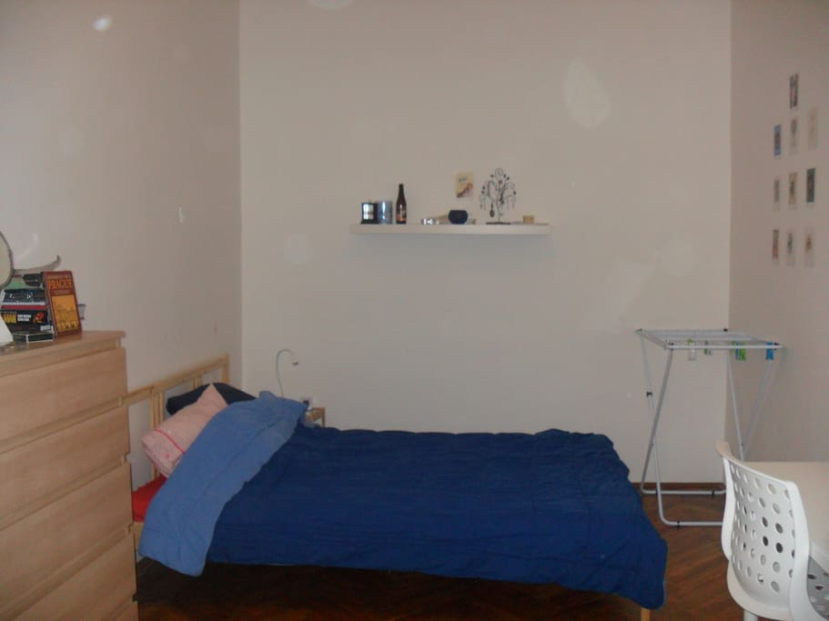 Double bed and airer available