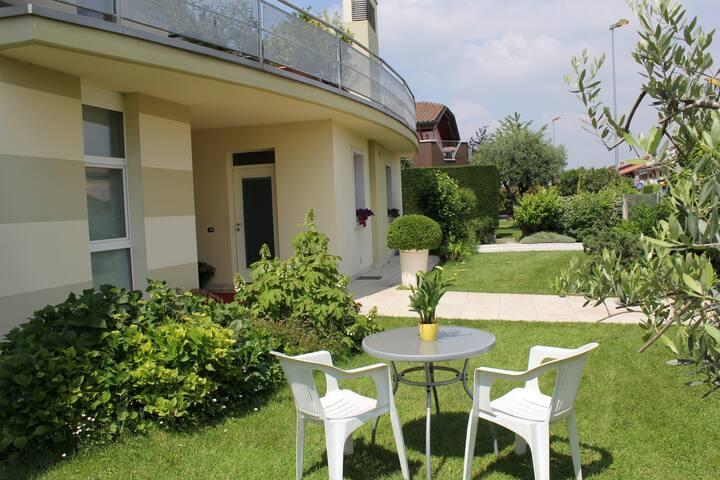 Appartamento in Villa Signorile, comodo al centro
