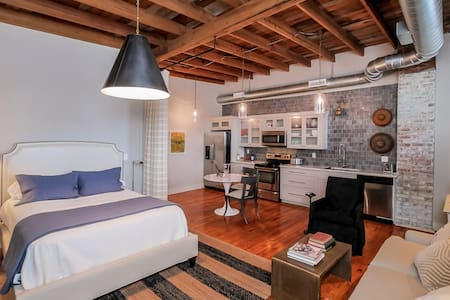 Studio Apartment at The Merchantile - Appartamento