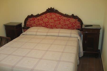 La stanza delle Marmotte - Pescorocchiano - Casa