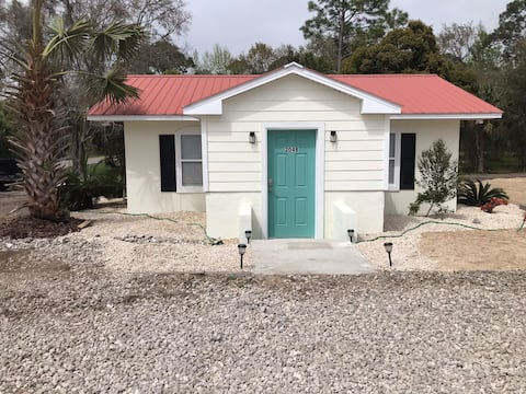 The Oyster Bed- Riverwalk Cottages  Unit 204 B