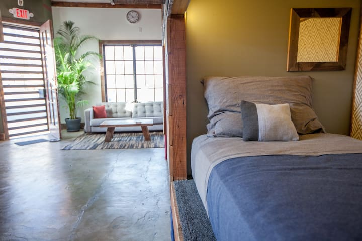 Los Feliz Pod Double Up (Sleeps 2)