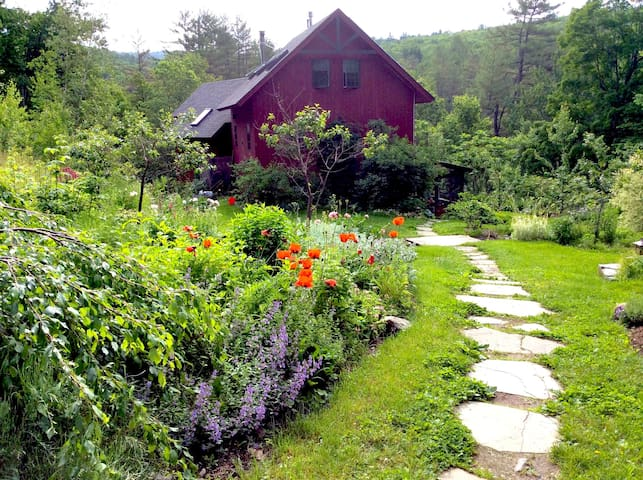Mountainside Retreat Master Bedroom Solheim Farm
