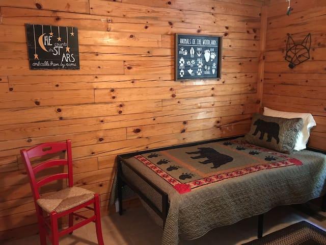 Twin bedroom on main floor
