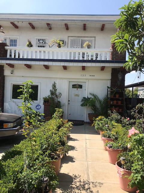 Basement Room,cheap,LA,Bev.Hill,Downtown,cheap