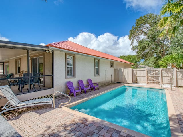 Lovely Vilano Beach Home w/ Pool, Boat Parking
