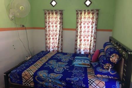 Tiga Cahaya Homestay Belitung - Tanjung Pandan - Gästehaus