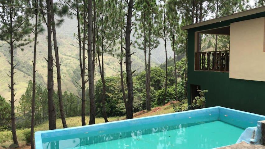 Cabaña exclusiva en Valle Nuevo San José de Ocoa.